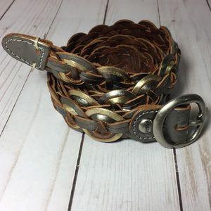 Fossil metallic braided belt